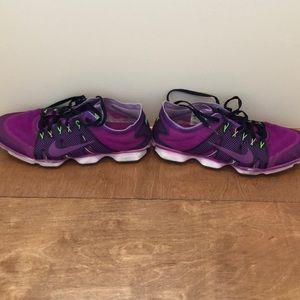 Nike sapatos Purple Zoom Feminino Tamanho 85 85 85 Poshmark a09eae